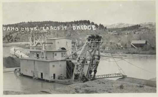 A dredge operating on Mores Creek